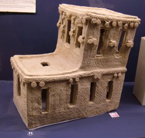 Mesopotamian_spirit_house_1_REM